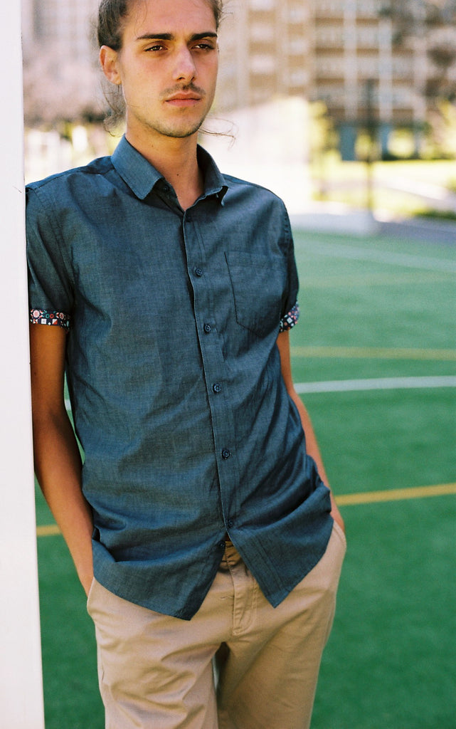 THE CALI SHORT SLEEVE SHIRT IN BLUE INDIGO