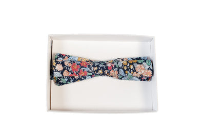 BOW TIE IN FLORAL PRINT