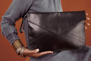 Zahra Leather Envelope Clutch - Black - UnoEth