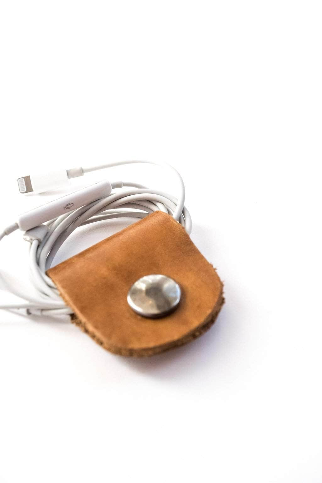 Gambella Leather Headphone Holder - UnoEth
