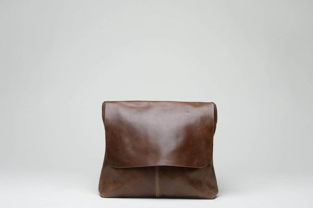 Telak Leather Messenger Bag - Almond Brown