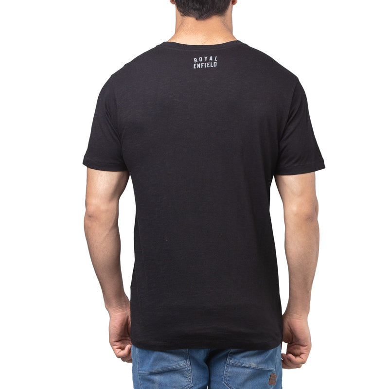 BLACK CAT T-SHIRT - BLACK