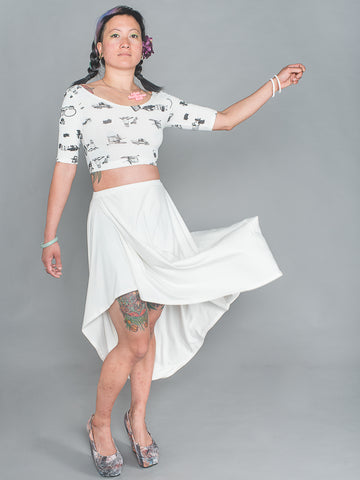MAI CROP TOP Half Sleeve sporty Crop Top made from a blend of organic cotton, bamboo and elastane in fly tipping print