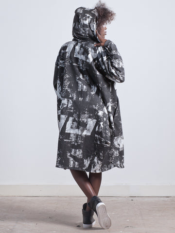 RAVEN JACKET Cosy Jacket made from Organic Cotton Jersey made from gorgeous sweatshirting with a fleece finish on the inside this oversized organic cotton jacket in london print perfect for wrapping up cosy on a night out or a long journey