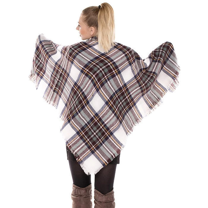 Classic Blanket Scarf White back