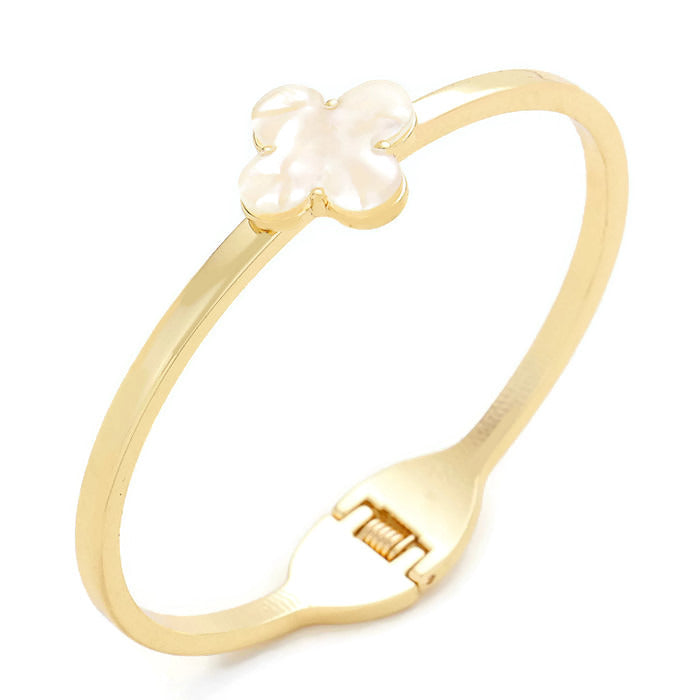 Quatrefoil Bangle Horn