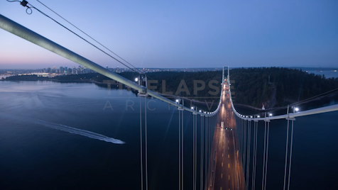 Time-lapse Vancouver: Lions Gate Bridge Morning