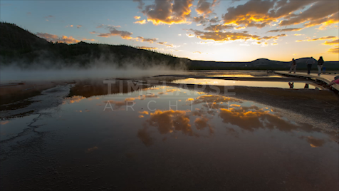 Time-lapse Yellowstone: Grand Prismatic Dusk