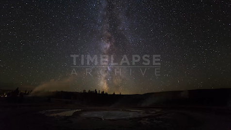 Time-lapse Yellowstone: Sawmill Geyser Astrolapse