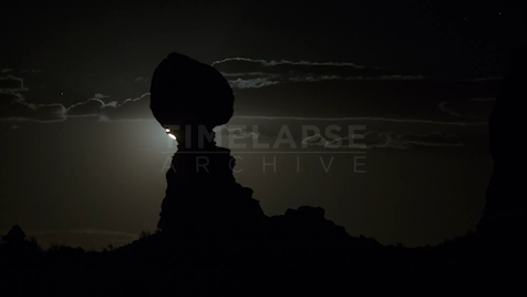 Time-lapse Utah: Balanced Rock Moonrise