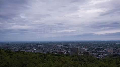 Time-lapse Montreal: Overcast Cityscape