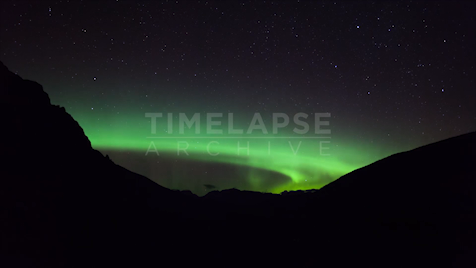 Time-lapse Banff: Aurora Green Ring Mountains
