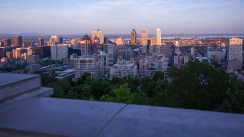 Time-lapse Montreal: Day To Night From Mount Royal