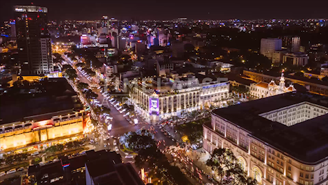 Time-lapse Ho Chi Minh City: Lê Lợi At Night
