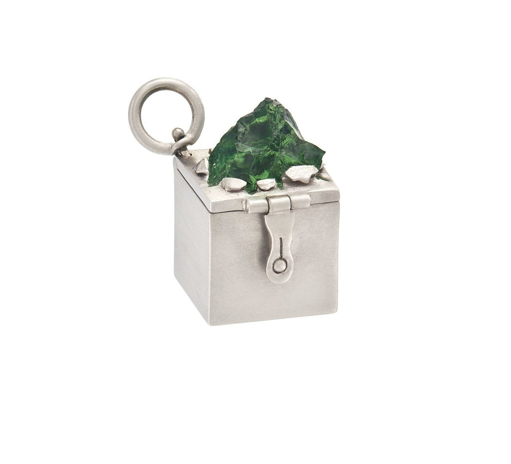 18K White Gold Box Charm with Tsavorite