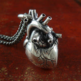 "Anatomical heart in ""antique silver"""