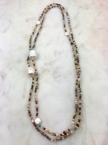 Long multi-bead necklace with pearls
