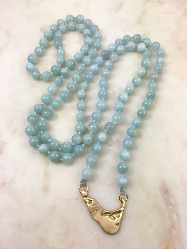 Aquamarine Nantucket Mala in 14k Gold