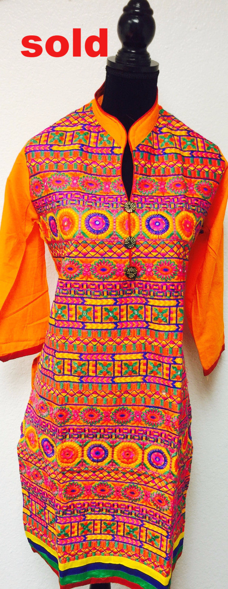 Fdn0130A COLORFUL HEAVY EMBROIDERED KURTA