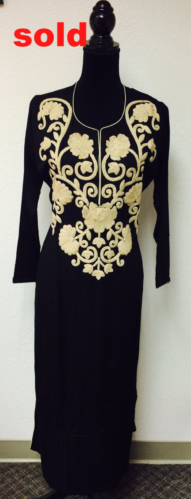 BLACK EMBROIDERED KURTA # Fdn0124 A