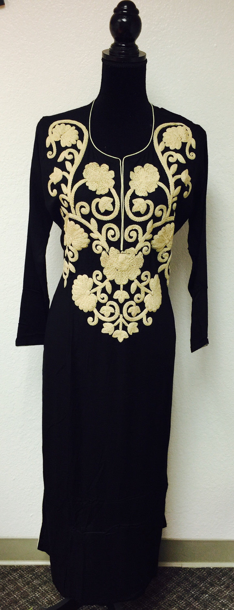 KURTA IN BLCK WITH EMBROIDERED FRONT # Fdn0124 B