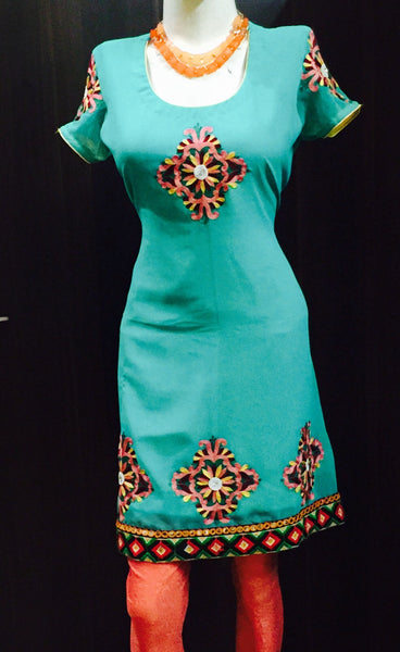A Green Embroidered Kurta Fdn0042