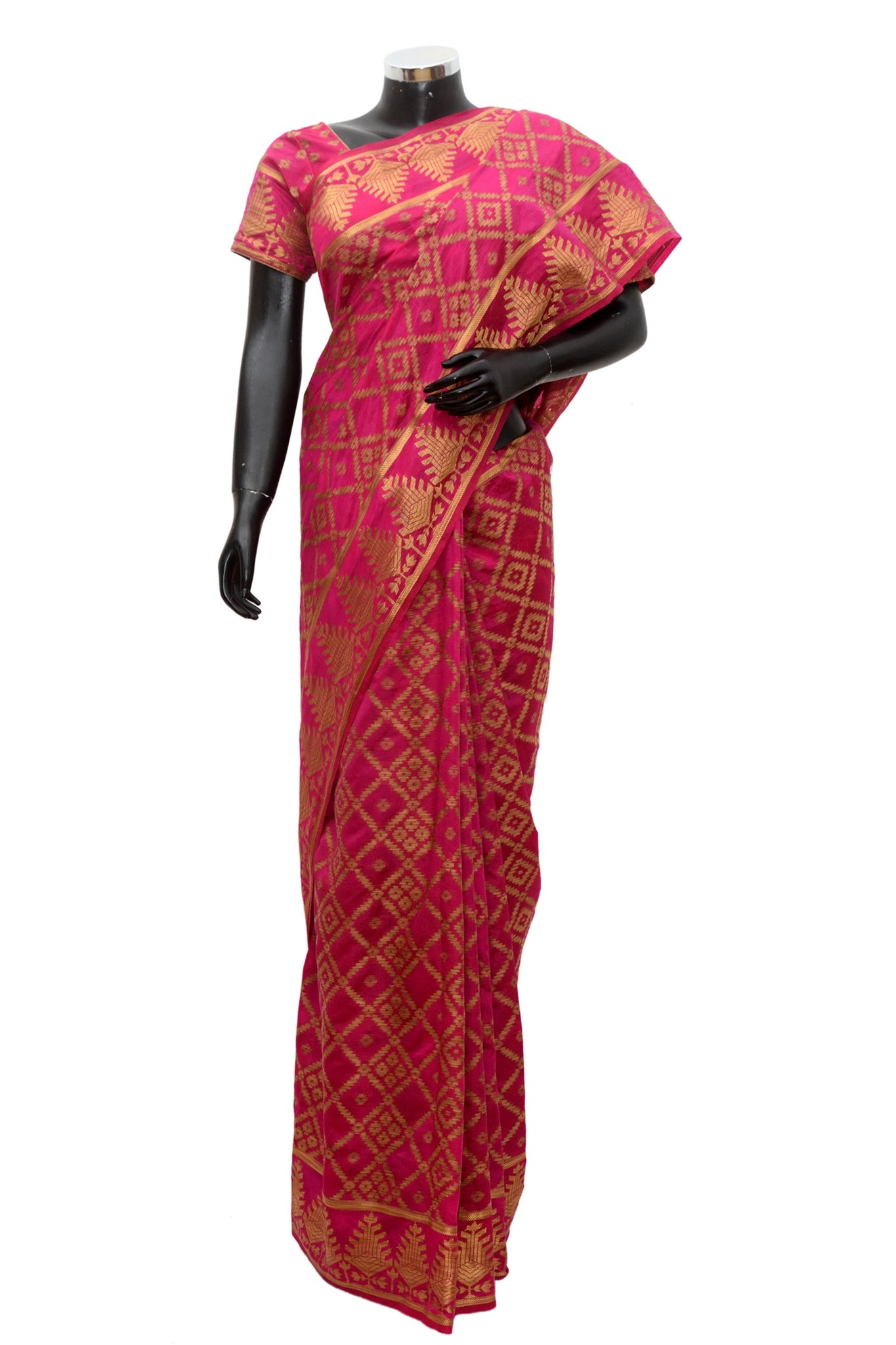 A silk saree in dark pink #fdn910-321