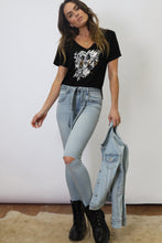 Load image into Gallery viewer, Daniella Skinny Jeans