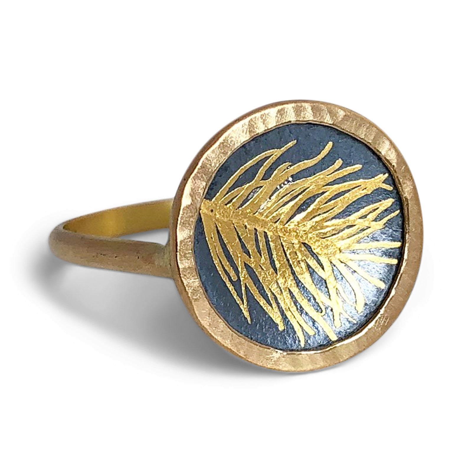 N° 248 Petite Feather Signet Ring / Made-to-Order