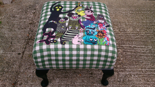 Clowns footstool