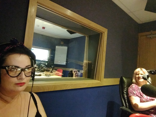 Lisa and Maj in studio