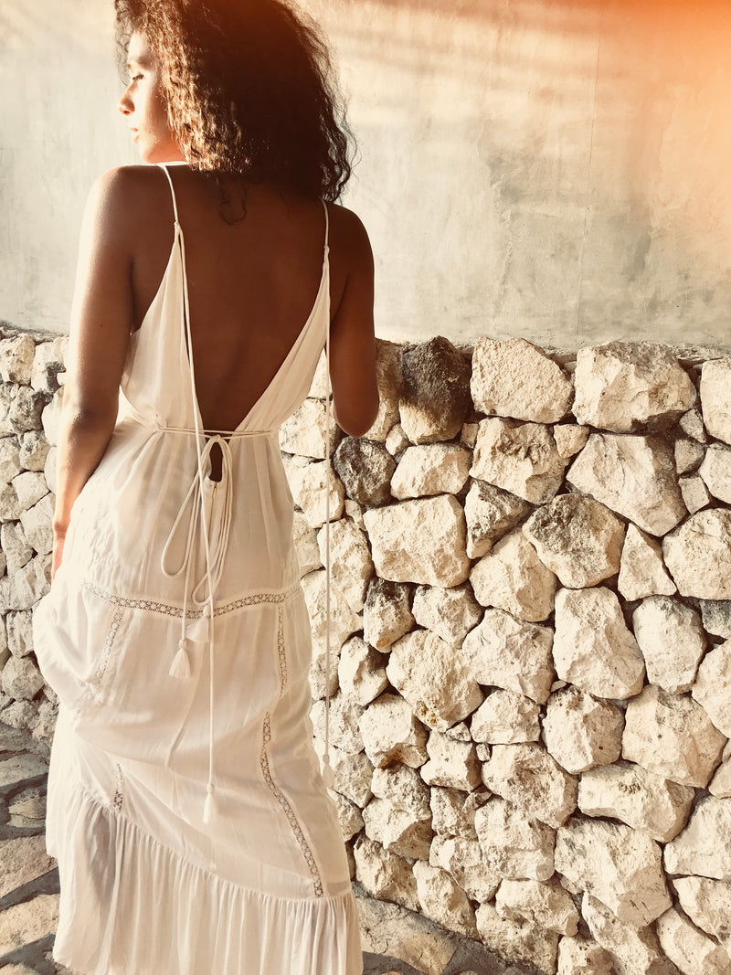 Heartland Backless Lace Maxi - Lily White
