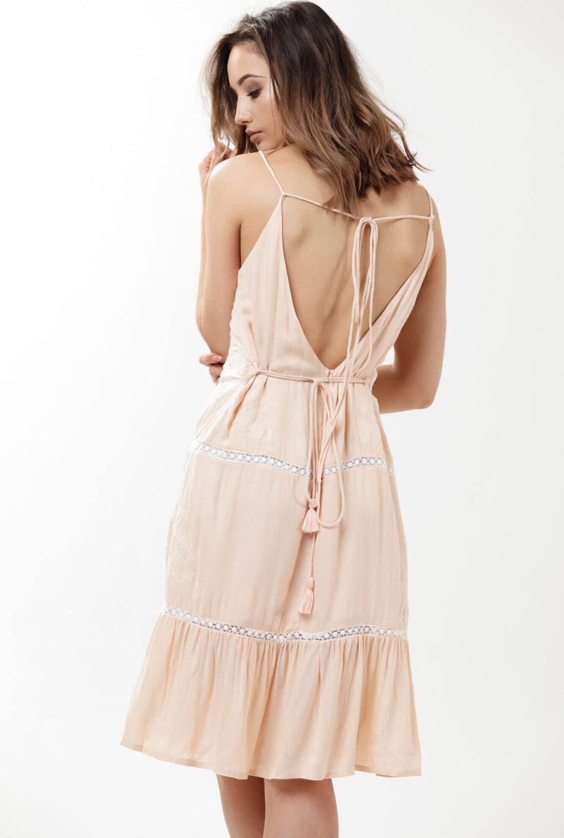 Heartland Backless Lace Midi - Dusty Pink