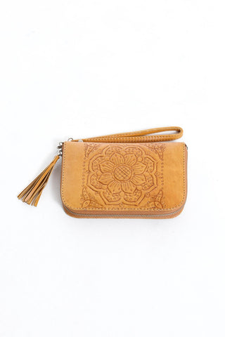 Moana Travel Wallet - Tan