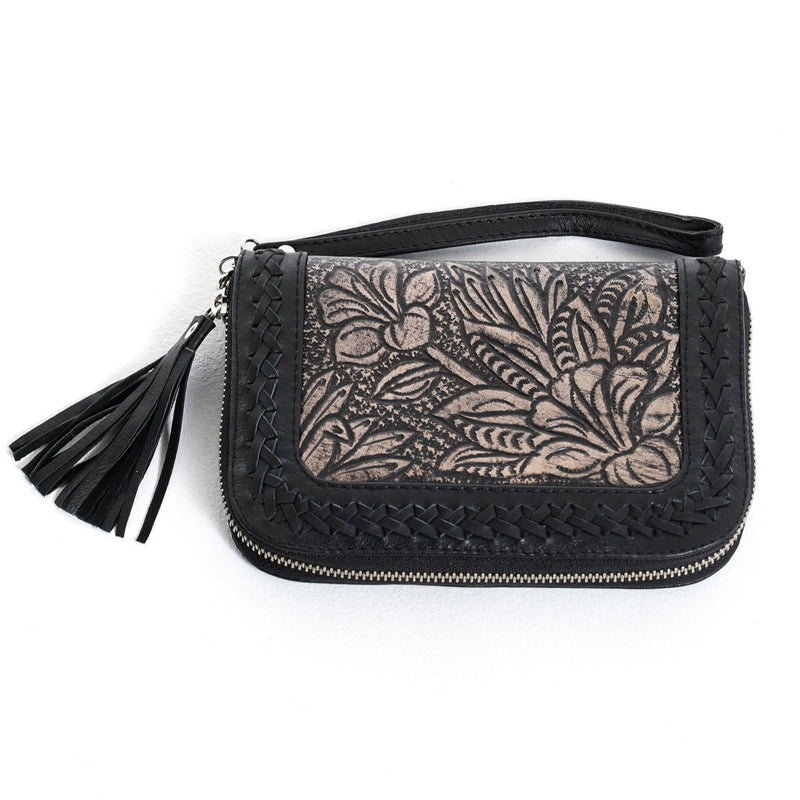 Lilou Travel Wallet - Black