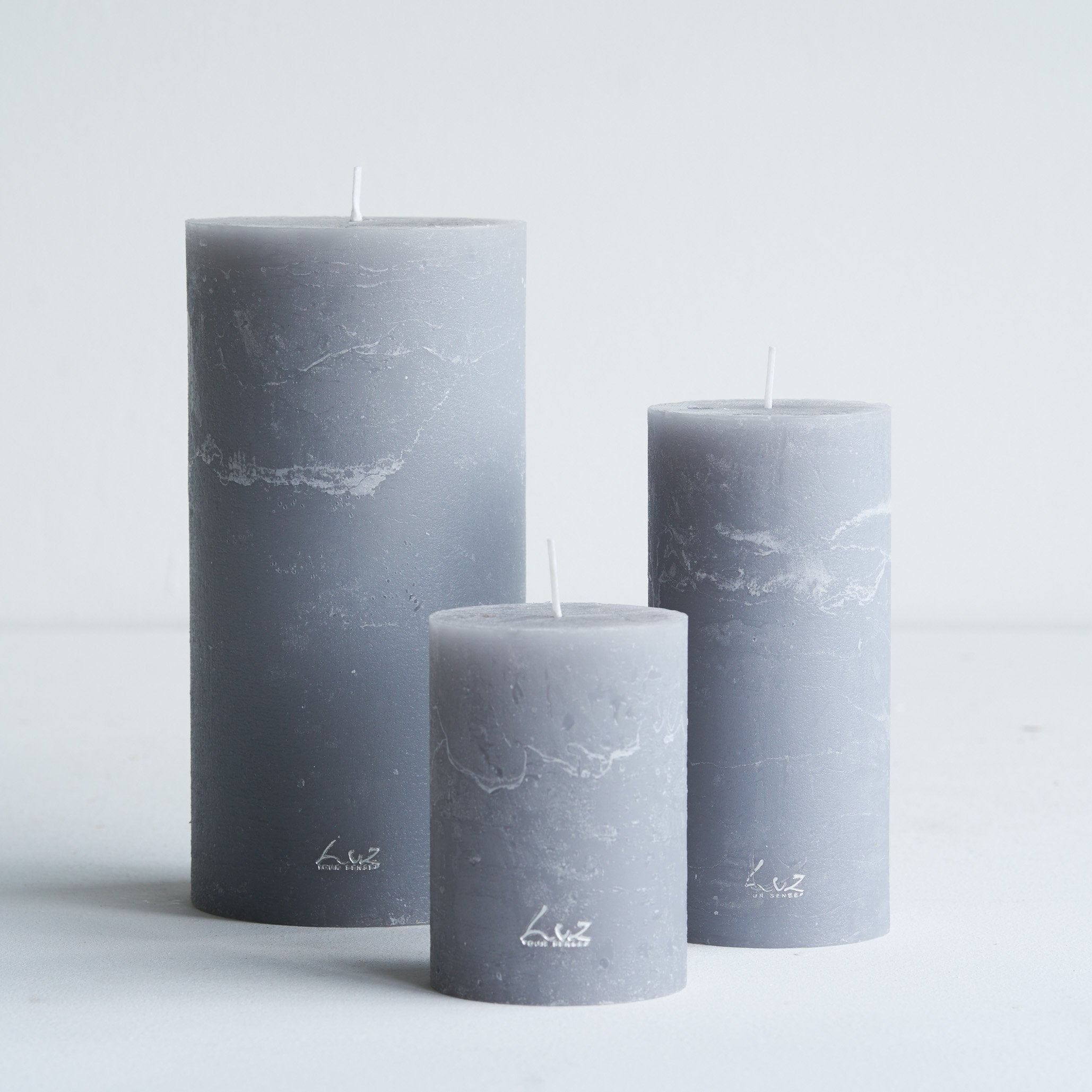Rustic Candle | Mouse Grey