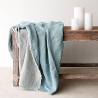 Throw VV Linen - Aqua - Originals Furniture