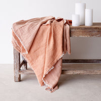 Throw VV Linen - Melon Pink - Originals Furniture