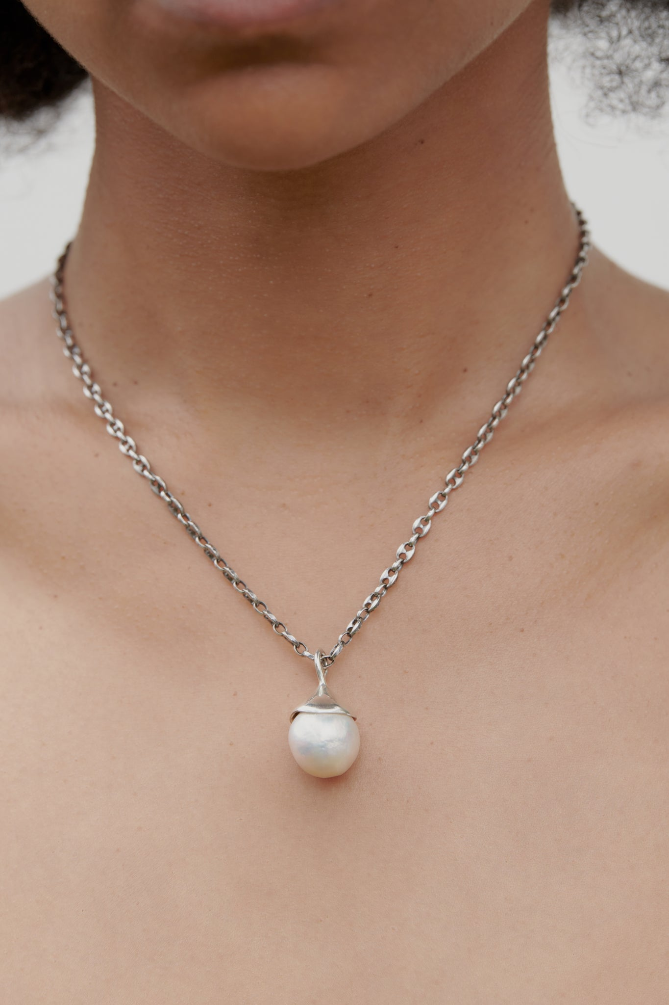 PEARL TEAR NECKLACE