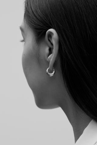 TINY ESSENTIAL HOOPS
