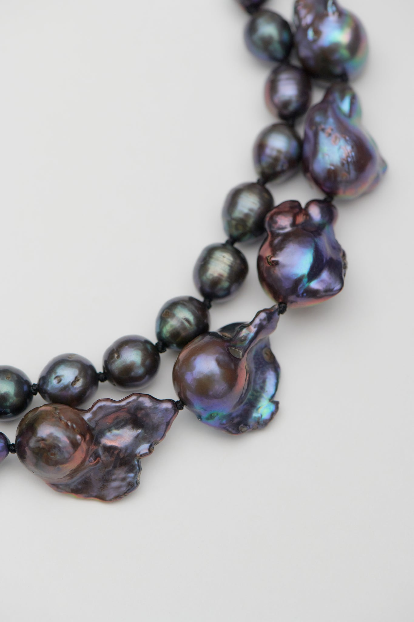 DOUBLE BLACK BAROQUE PEARL COLLAR