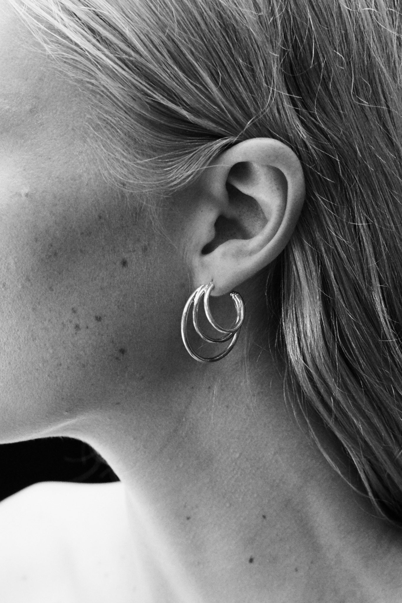 TRIPLE LAYERED HOOPS