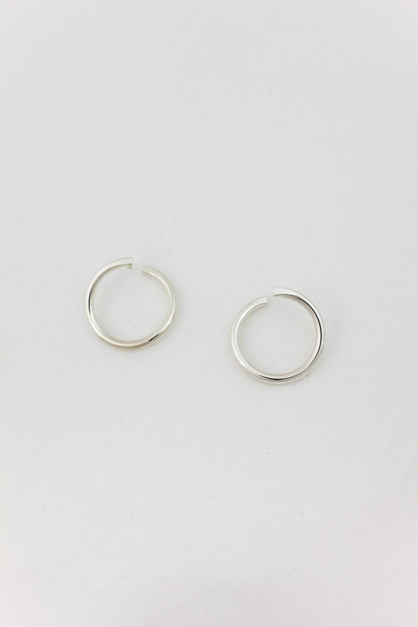 ILLUSION HOOP EARRINGS