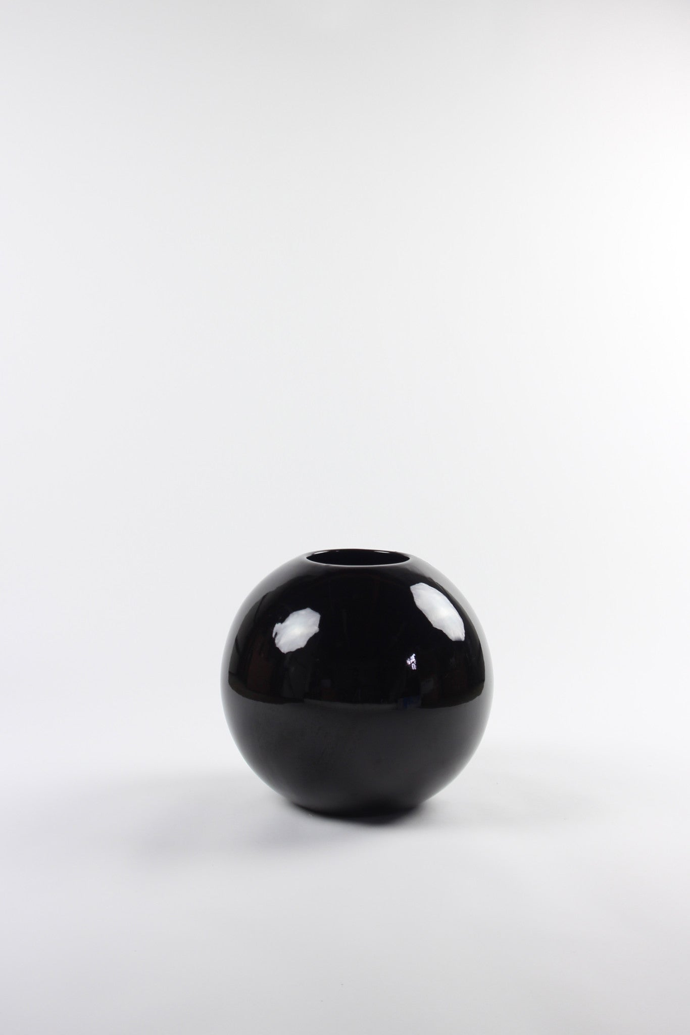 LARGE BLACK ORB