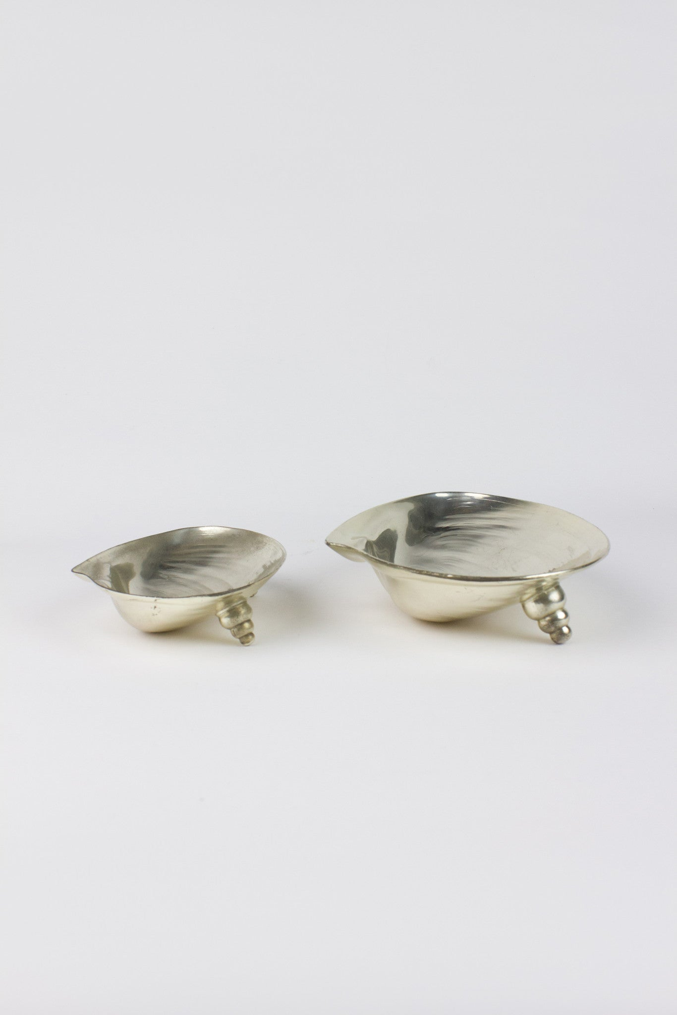 SURREALIST SHELL DISH SET