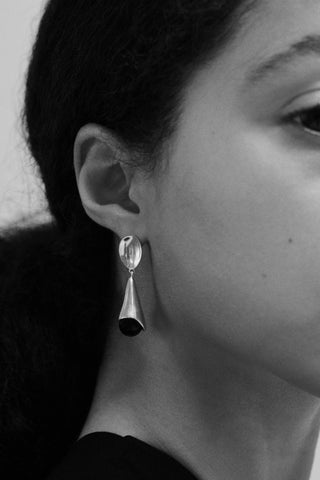 ONYX ANNA EARRINGS