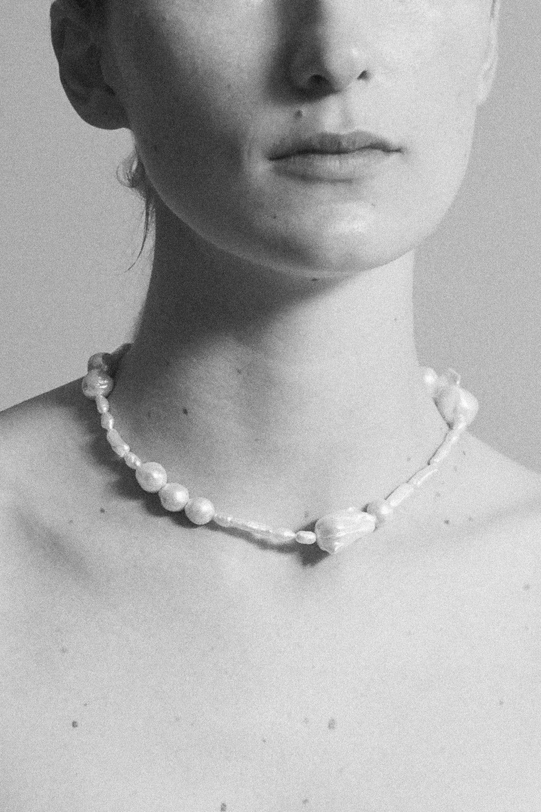 ASSEMBLAGE PEARL NECKLACE