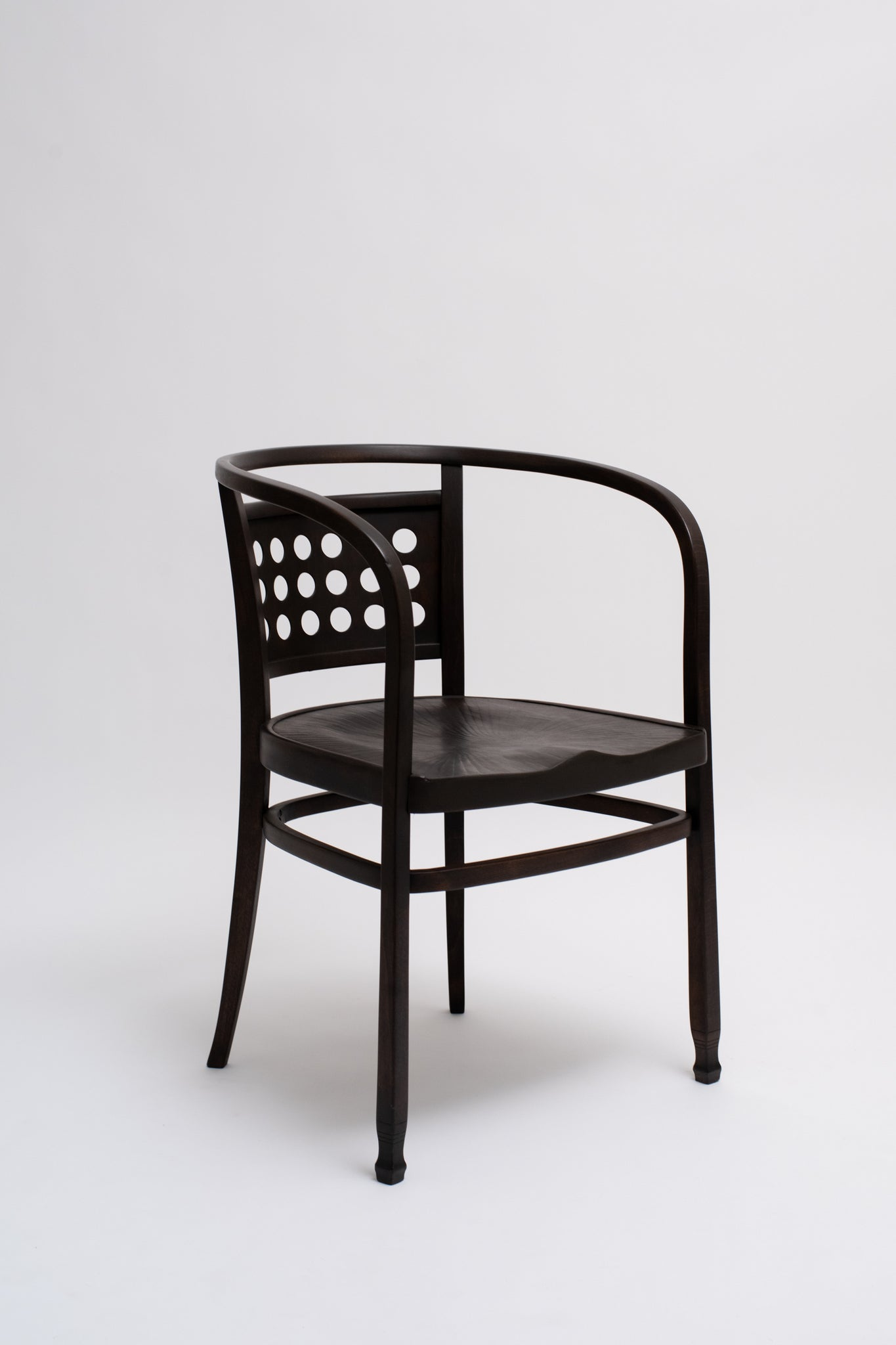 ARMCHAIR NO. 721. OTTO WAGNER, C. 1903