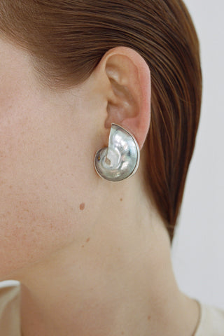 GEORGIA SHELL EARRINGS