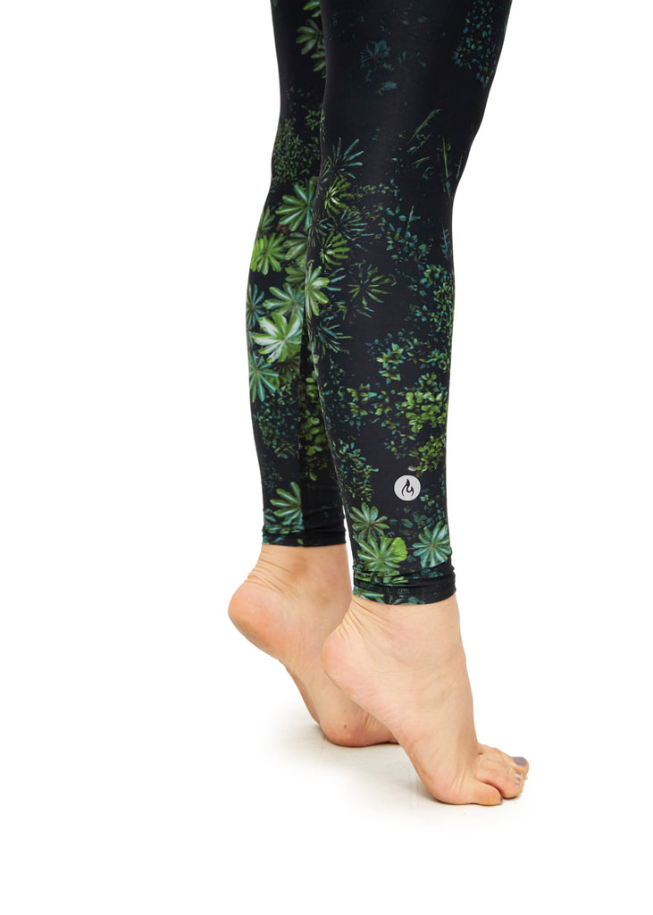 Modo Yoga x YFA - Yogi Pants in Rainforest